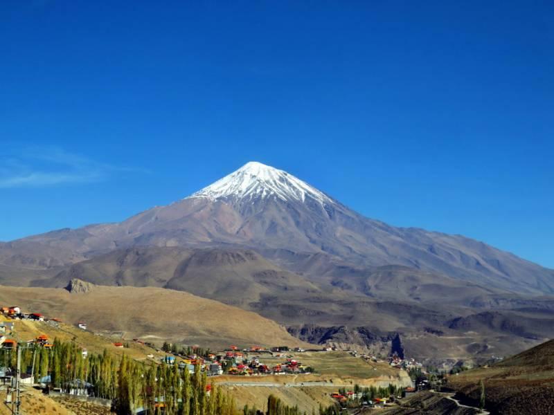 Mount Damawand mit Schnee im Iran.