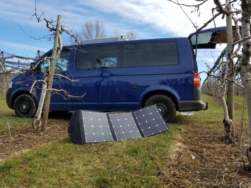 Faltbares Solarmodul für die Reise im Camper und Van