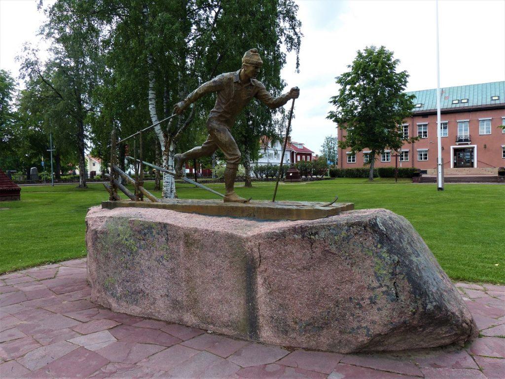 Figur in Mora zum Vasalauf in Schweden