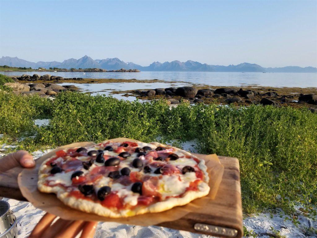 Unsere Jubiläums Pizza zu 100 Tage auf Reisen.