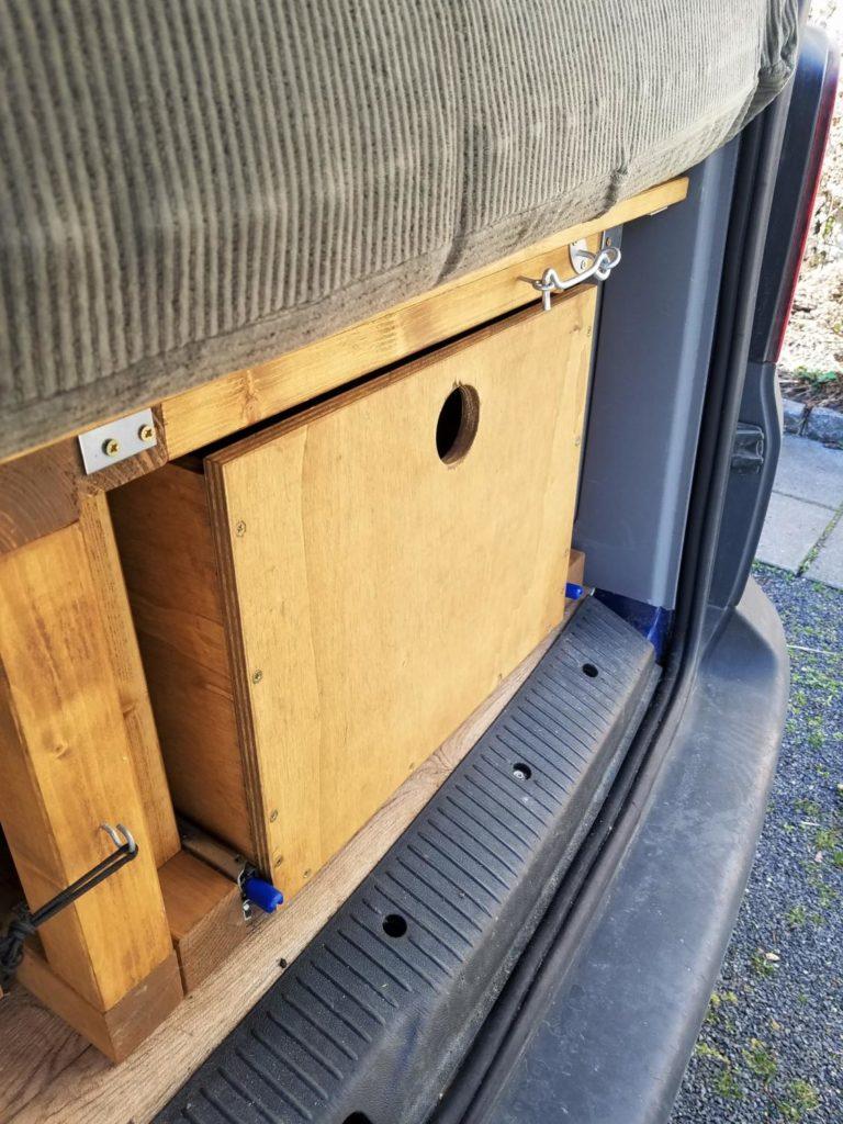 Schublade unter dem Bett in den Camper selber bauen
