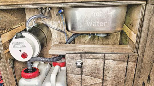 Warmes Wasser im Camper durch 12 V Warmwasser Boiler