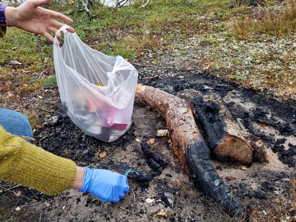 Viel Müll an Freistehplätzen, sowie Parkplätzen für Camper und Wohnmobile