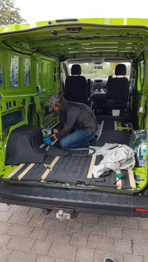 Dämmung im Renault Trafic Hugo