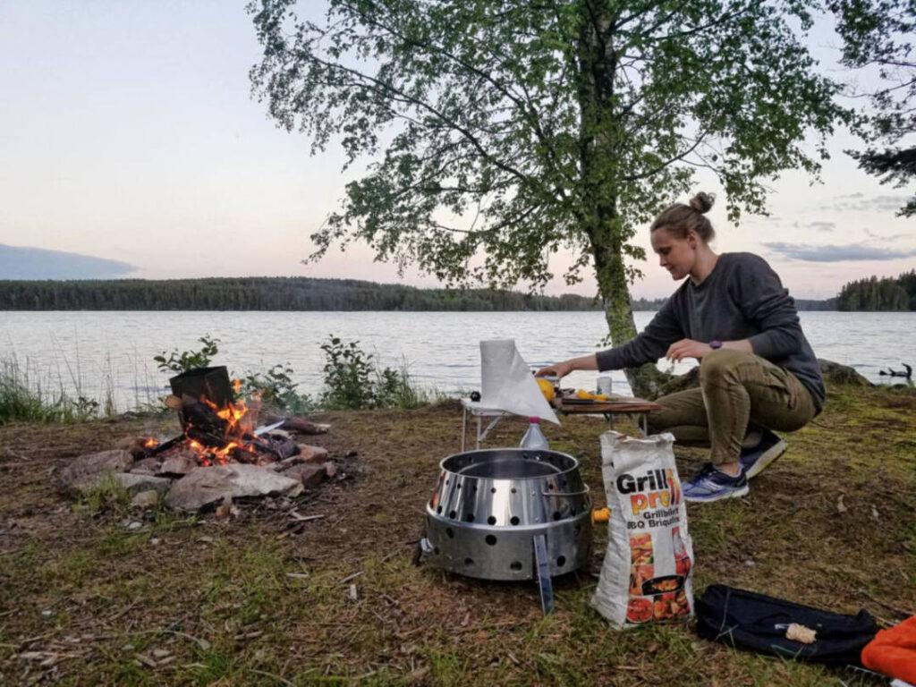 Atago Camping Grill für die Tour im Van. Erfahrung