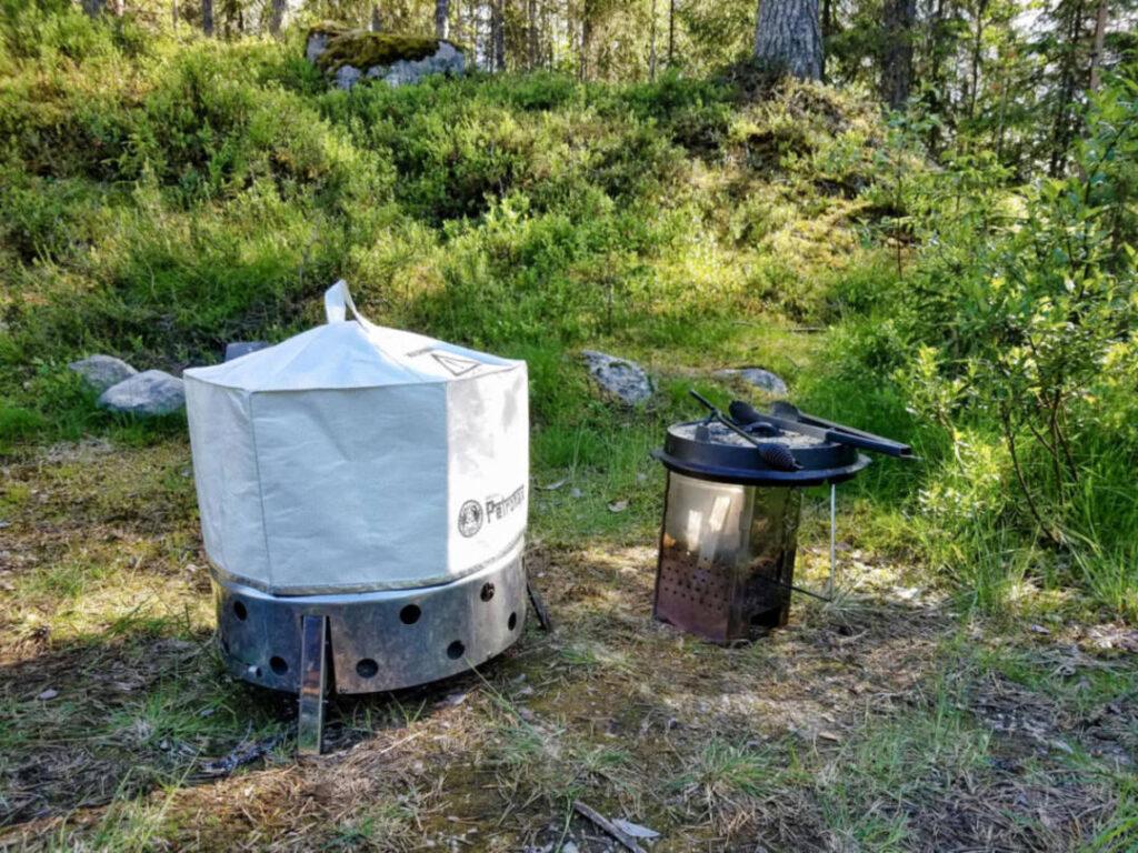 Atago Grill mit Umluftkappe im Outdoor Einsatz